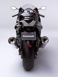 kawasaki-zzr1400-06-bikepics-430409